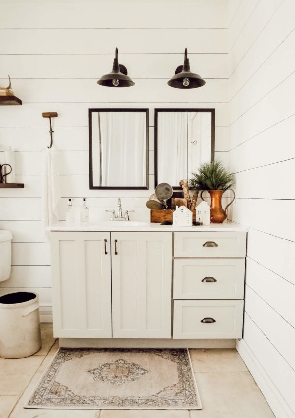 Farmhouse Powder Room Update