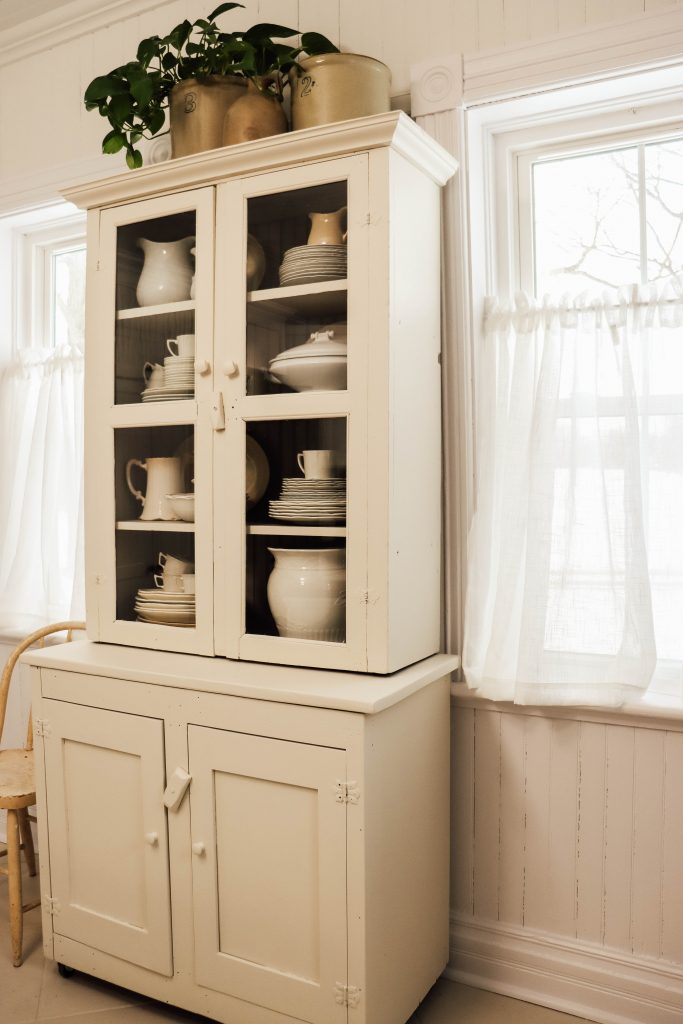 DIY Farmhouse Cabinet using Fusion Mineral Paint